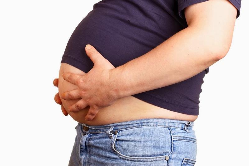 Как убрать жир с живота и боков у мужчин: диета и меню на неделю