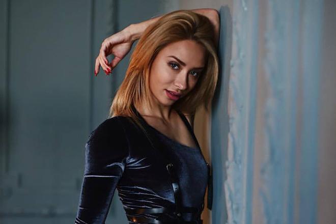 Маша Соколова - биография фитнес блогера на ютуб, модели: рост, вес, тренировки и питание